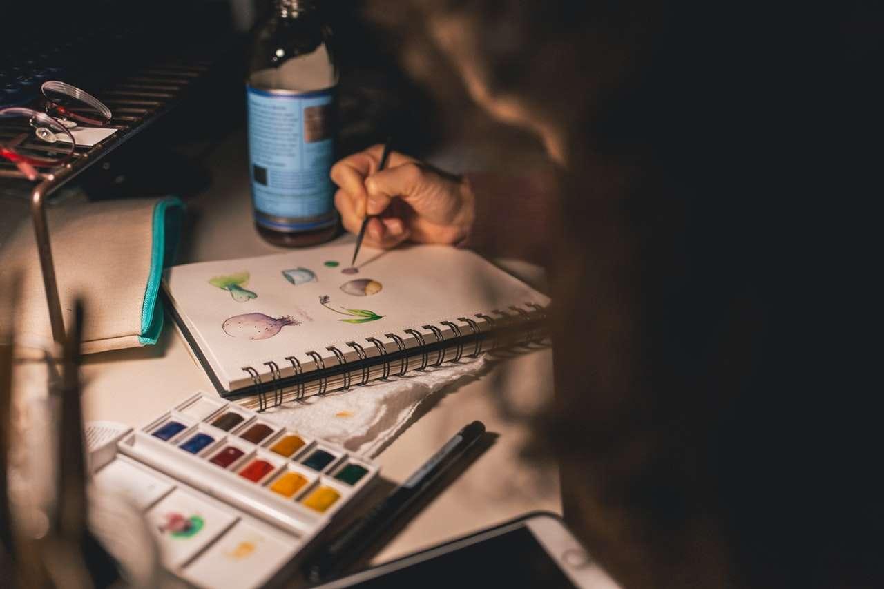 4 hobby creativi da fare dentro casa